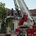 Hot prins cu autospeciala pompierilor (Foto)